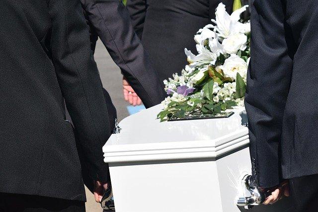 Pourquoi faire appel à une entreprise de pompes funèbres ?