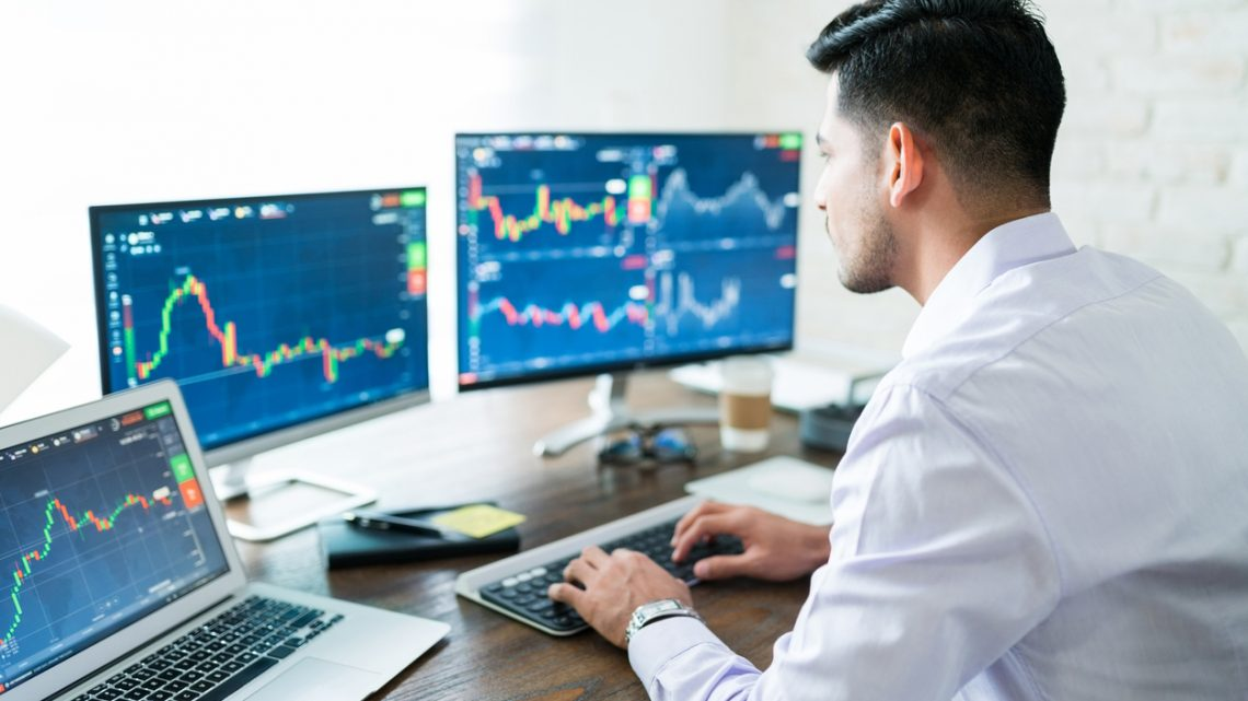 Trading : la différence entre la fonction de trader et broker